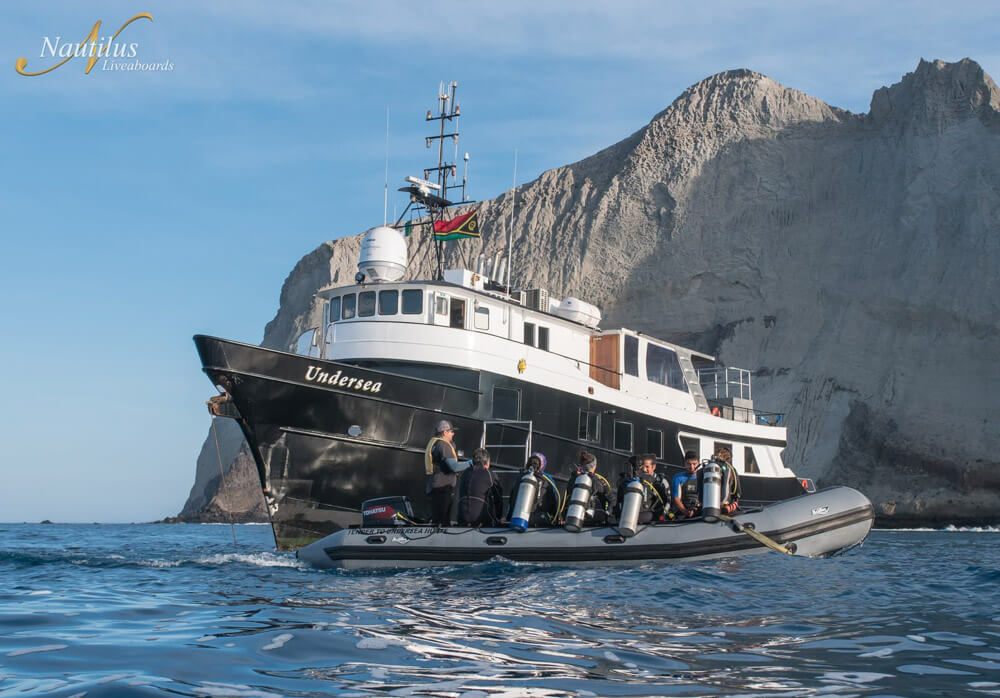tropical-seas_schiffe_nautilus-under-sea-04